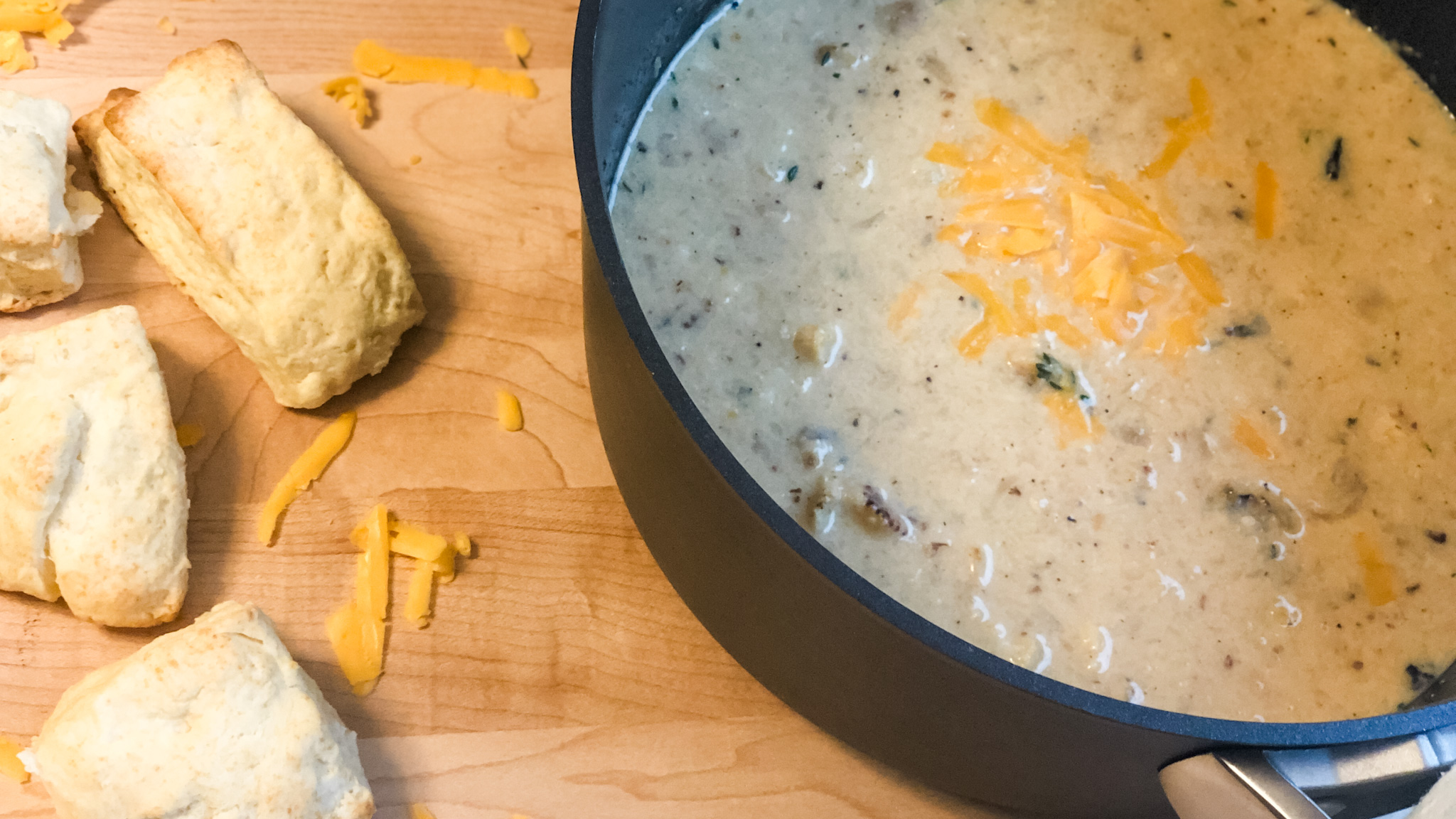 Roasted Cauliflower and Cheese Soup